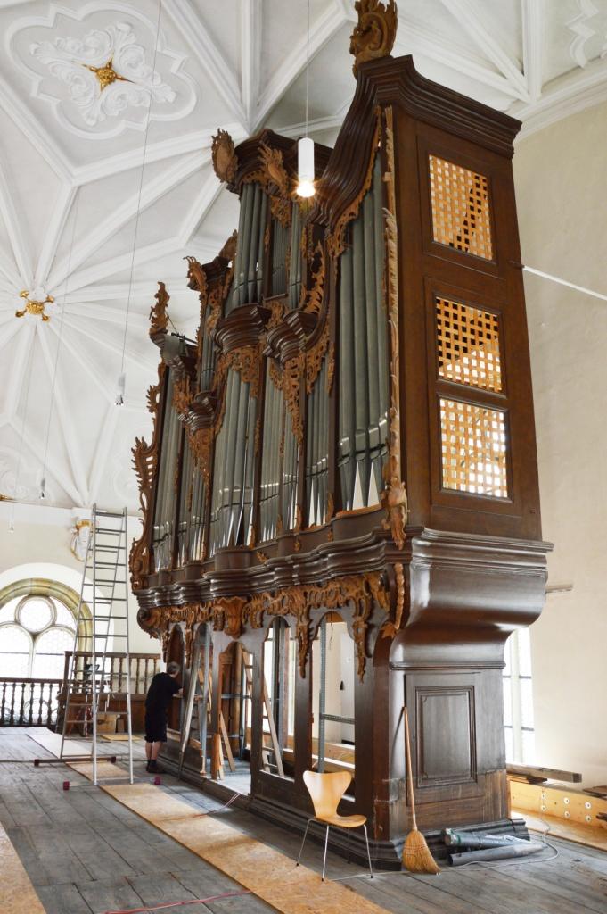 Leeres Orgelgehäuse